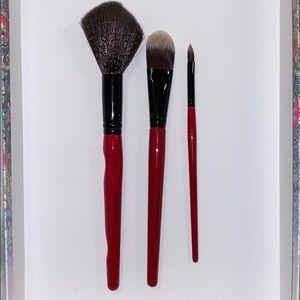 NWOT Set of 3 Smashbox makeup brushes